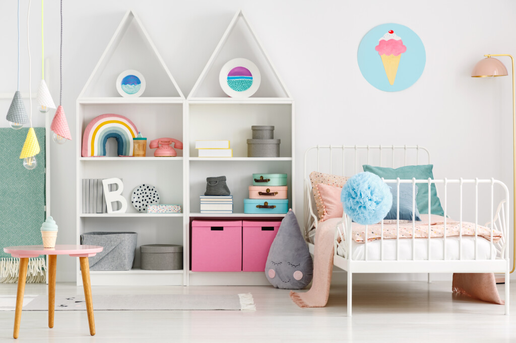 White,Kid's,Room,Interior,With,A,Single,Bed,,Rainbow,On